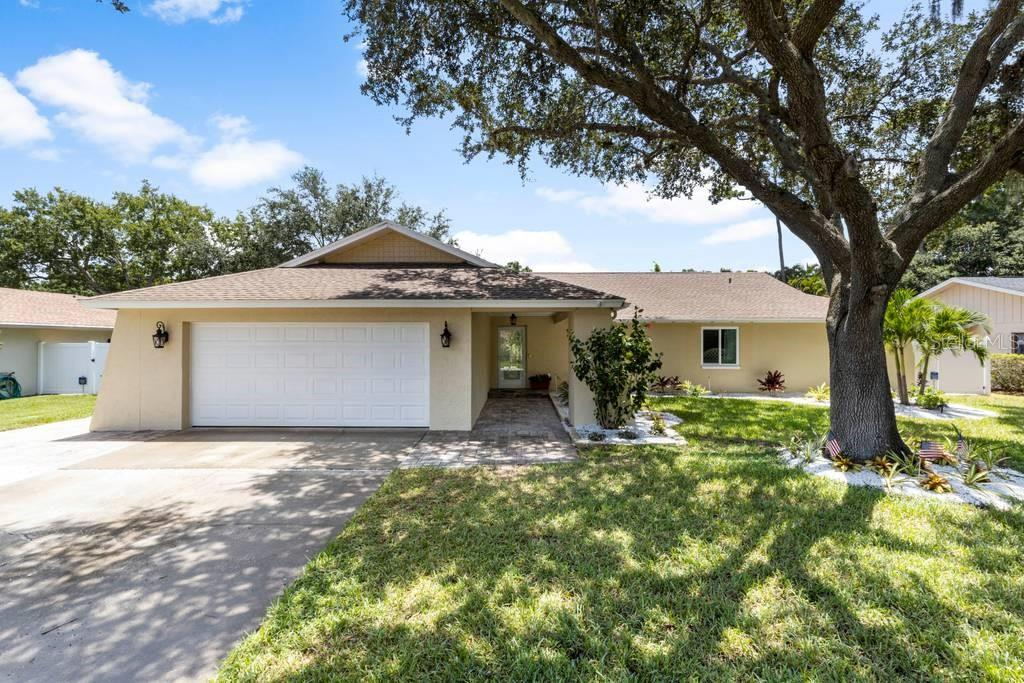 14225 LARK COURT Property Photo - CLEARWATER, FL real estate listing