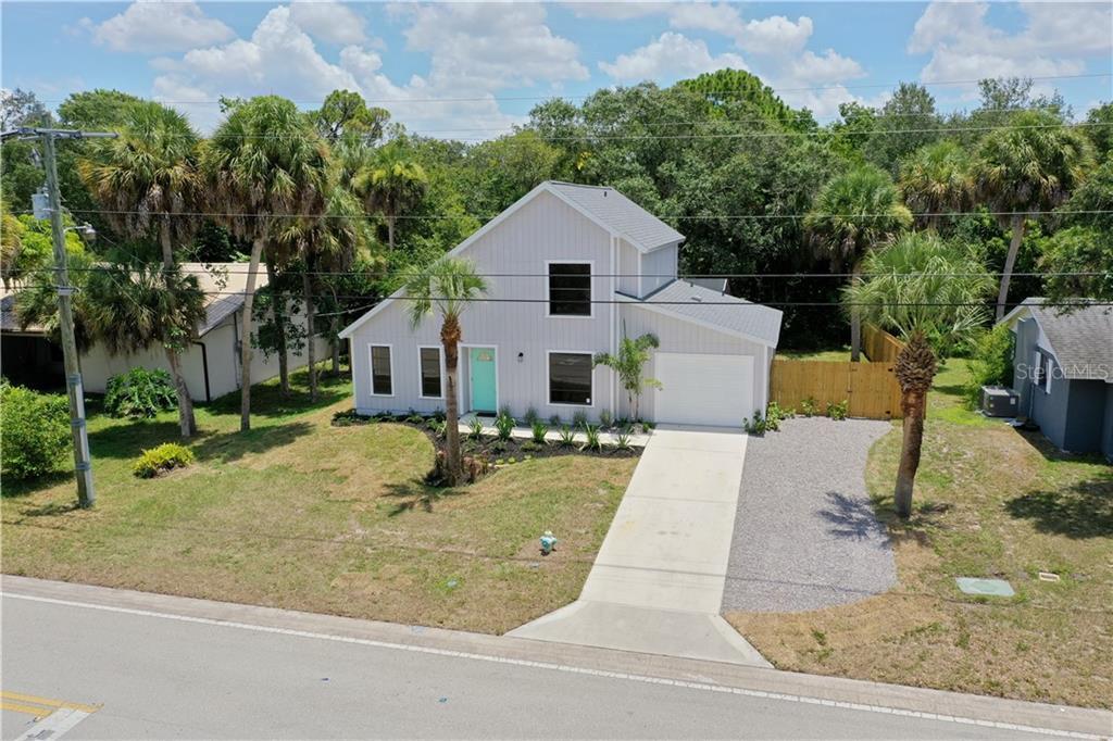 2289 LINWOOD DR Property Photo - SARASOTA, FL real estate listing