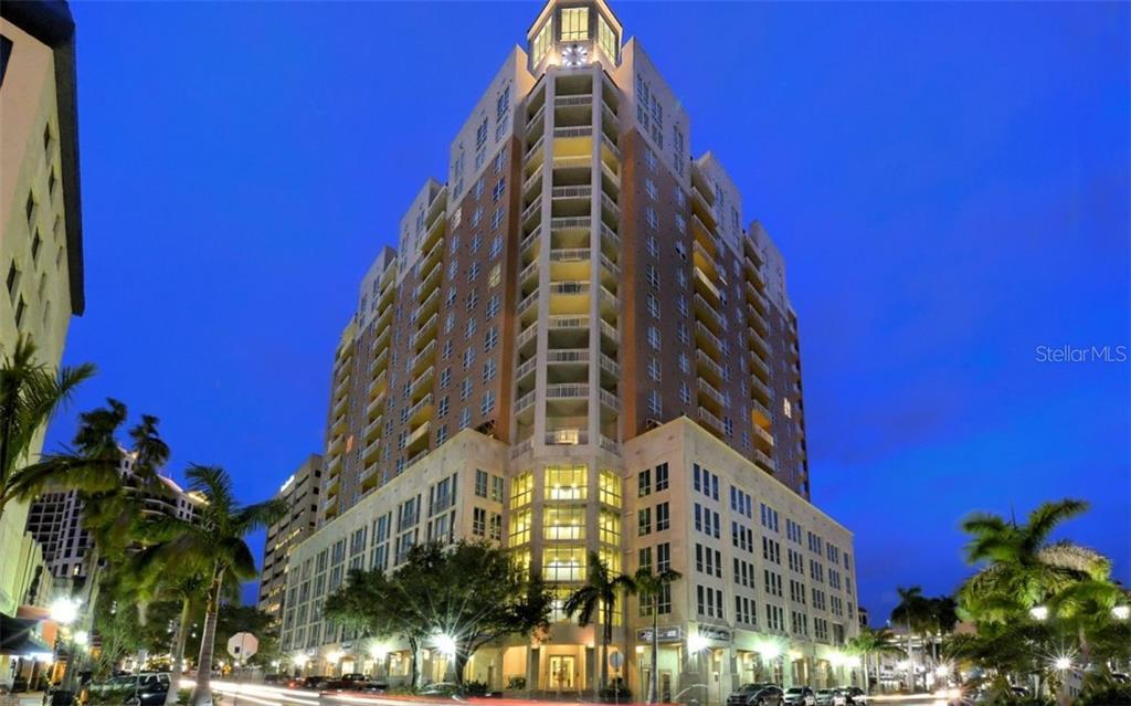 1350 MAIN ST #701 Property Photo - SARASOTA, FL real estate listing
