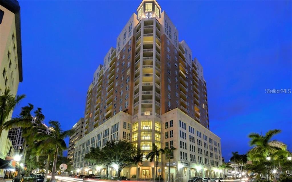 1350 MAIN ST #1410 Property Photo - SARASOTA, FL real estate listing