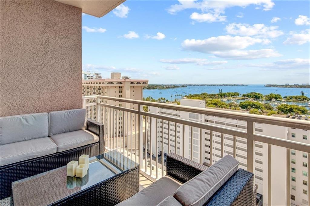 1350 MAIN ST #1208 Property Photo - SARASOTA, FL real estate listing