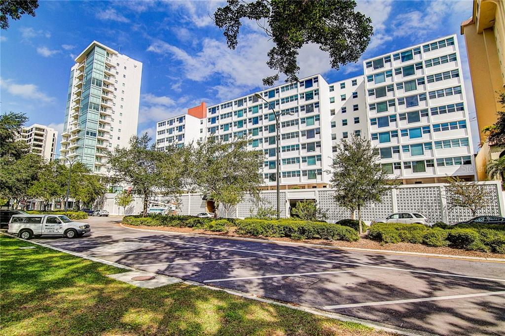 33 S Gulfstream Avenue #408 Property Photo