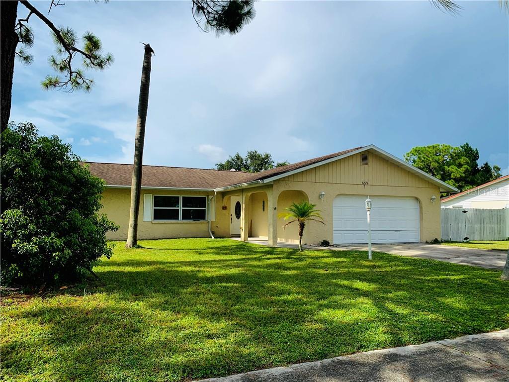 1221 GEORGETOWNE PL Property Photo - SARASOTA, FL real estate listing