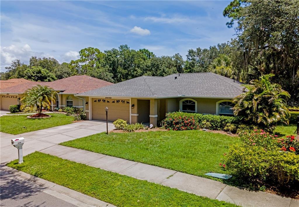 2035 OLD TRENTON LN Property Photo - SARASOTA, FL real estate listing