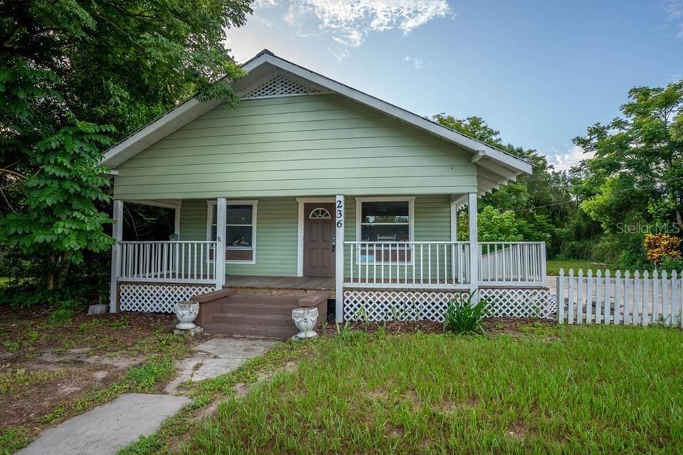 236 N Brevard Avenue Property Photo