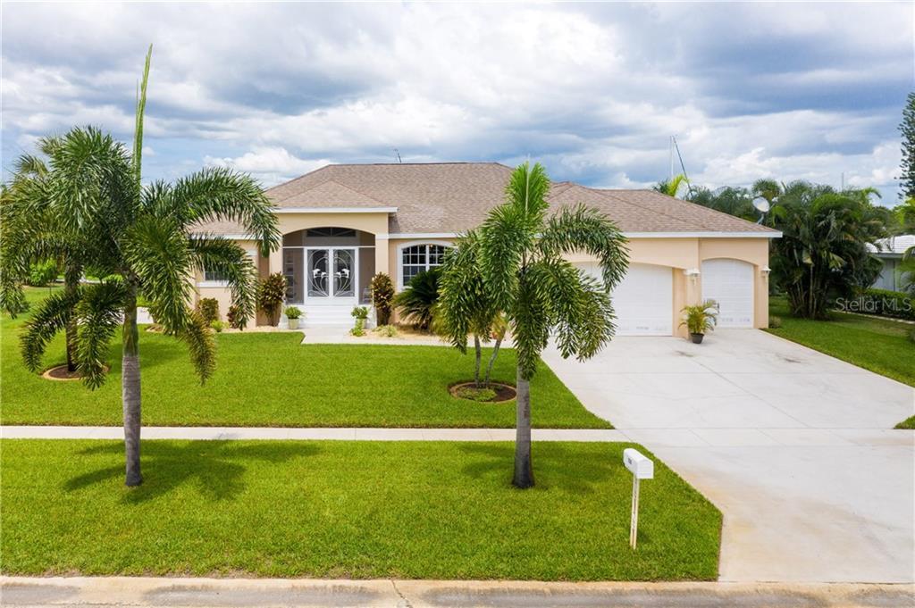 138 COUSLEY DRIVE SE Property Photo - PORT CHARLOTTE, FL real estate listing