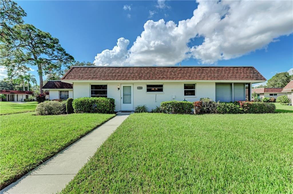 1380 GRAND BOULEVARD #209 Property Photo - SARASOTA, FL real estate listing