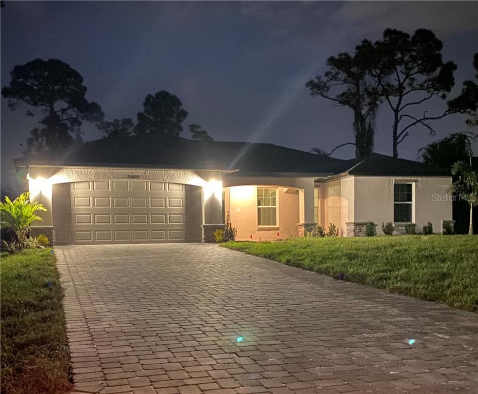 2810 ALISTER AVENUE Property Photo