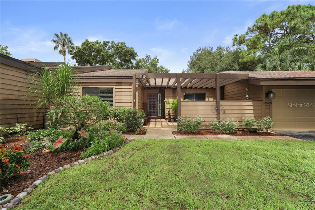 4520 CHANDLERS FORDE #51 Property Photo