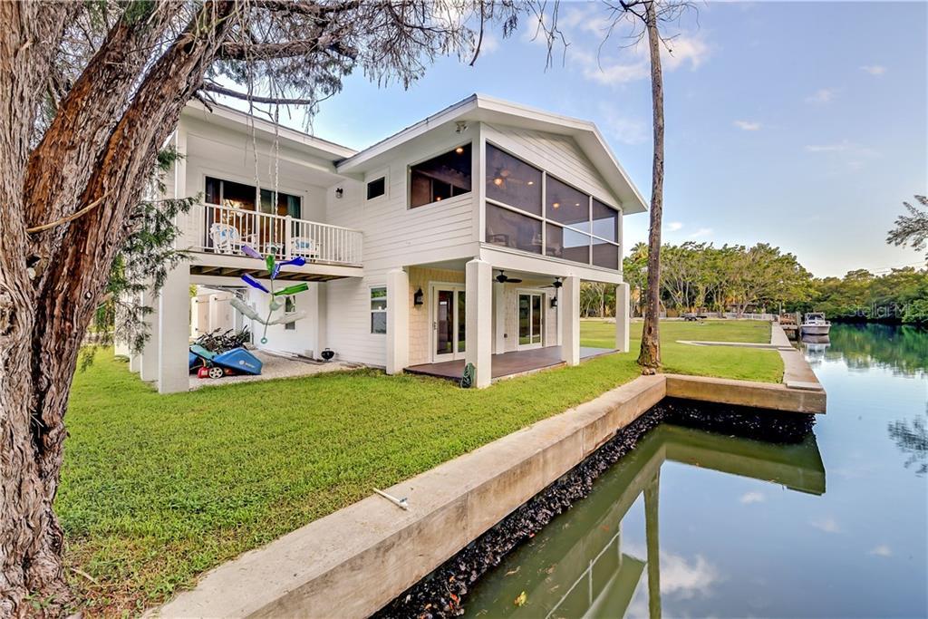 7149 Longboat Drive N Property Photo