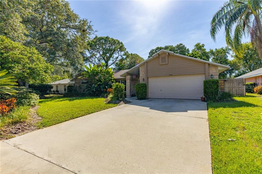 8512 10TH AVENUE NW Property Photo - BRADENTON, FL real estate listing