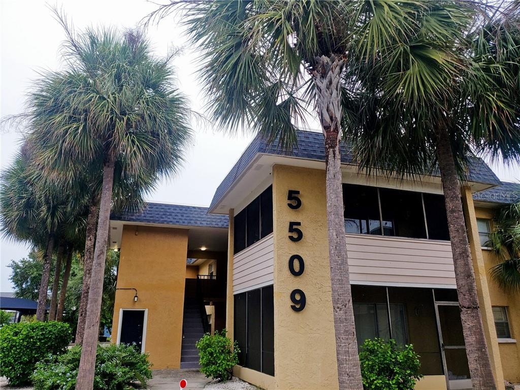 5509 FOUNTAIN LAKE CIRCLE #C204 Property Photo
