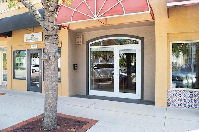 1654 MAIN STREET #11 Property Photo - SARASOTA, FL real estate listing