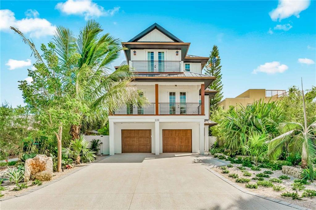 220 Coolidge Drive Property Photo