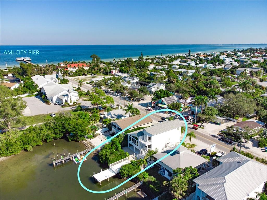 424 PINE AVENUE Property Photo - ANNA MARIA, FL real estate listing