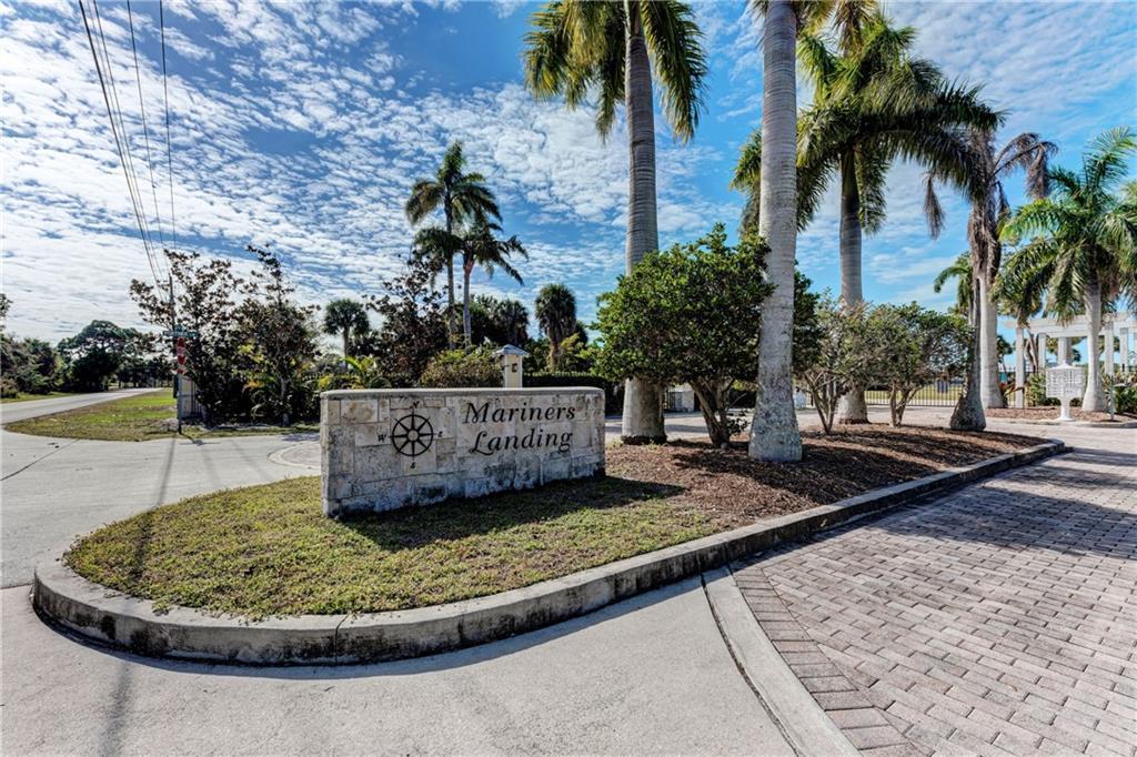 6711 Portside Lane Property Photo