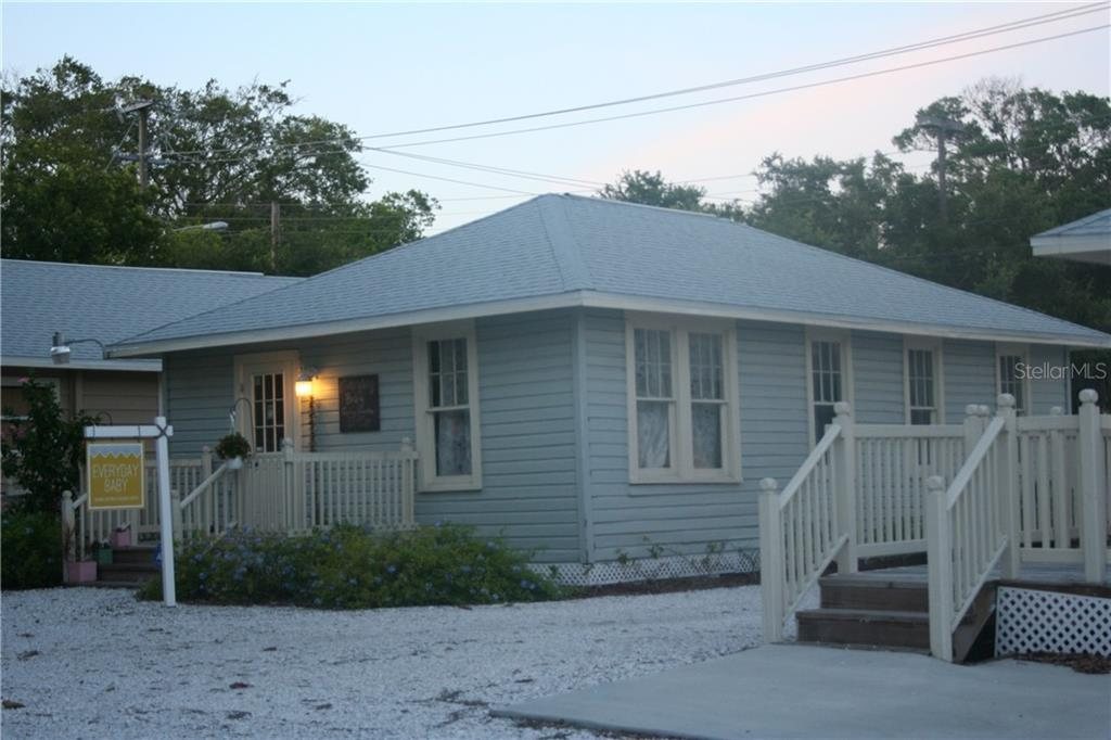 329 GILLESPIE AVENUE Property Photo - SARASOTA, FL real estate listing