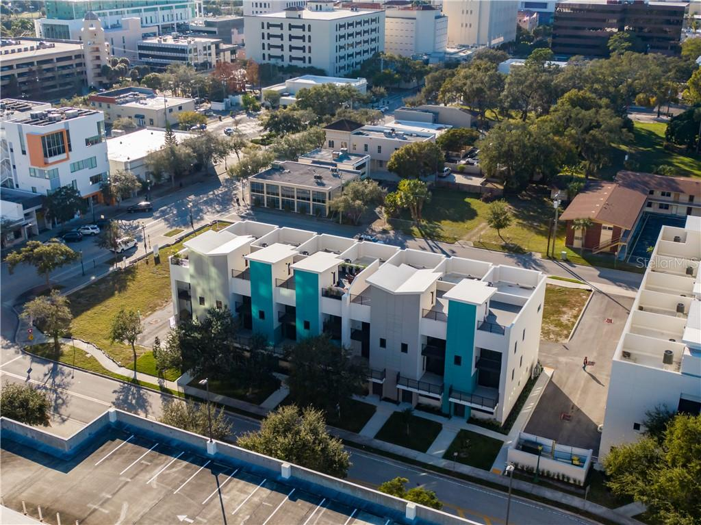 52 N School Avenue Property Photo