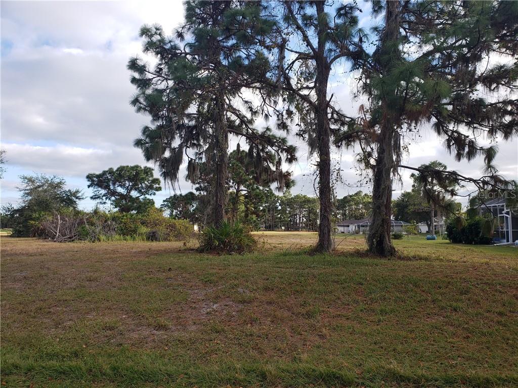 458 Boundary Boulevard Property Photo