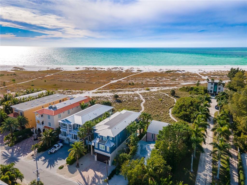 807 N Shore Drive Property Photo
