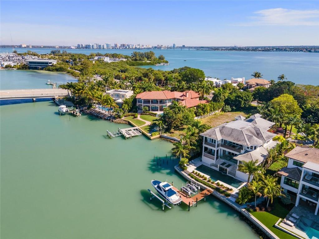 1435 WESTWAY DRIVE Property Photo - SARASOTA, FL real estate listing