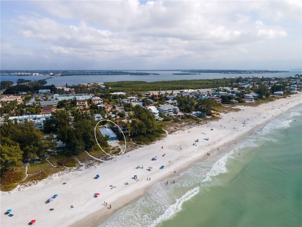 3718 Gulf Drive Property Photo