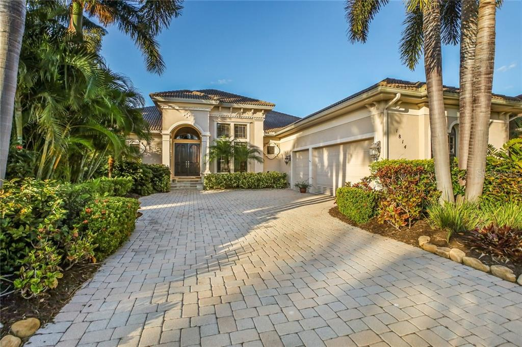 1814 AMBERWYND CIRCLE W Property Photo - PALMETTO, FL real estate listing