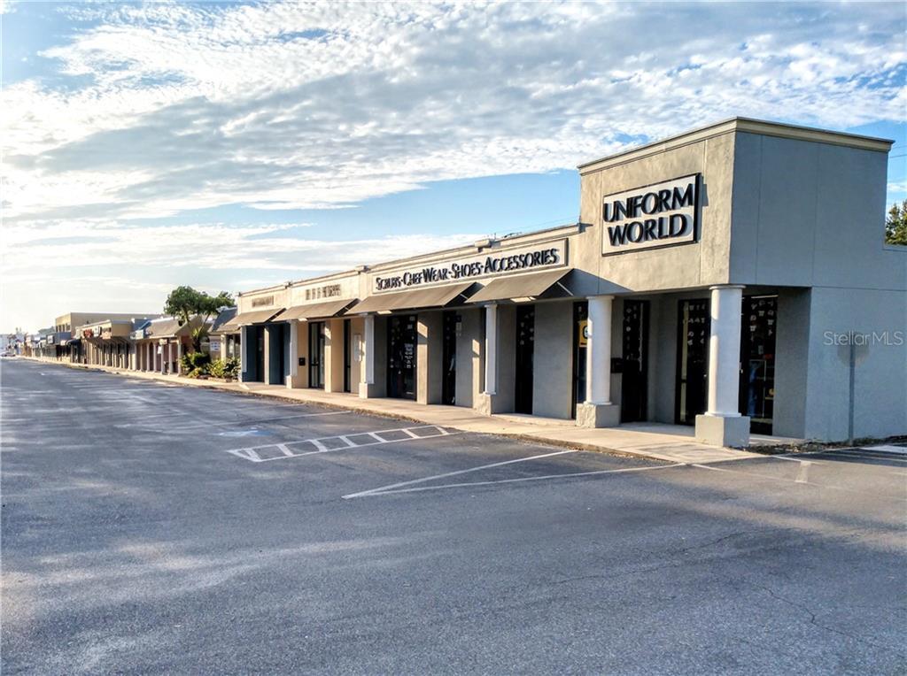 2112 Gulf Gate Drive Property Photo