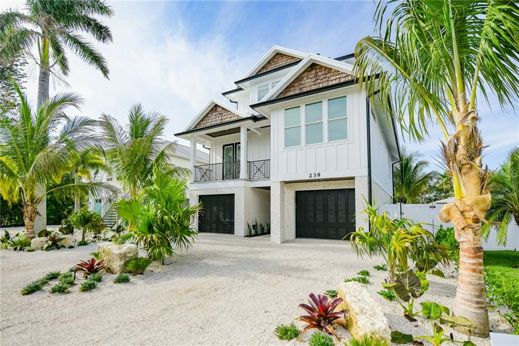 239 S HARBOR DRIVE Property Photo - HOLMES BEACH, FL real estate listing