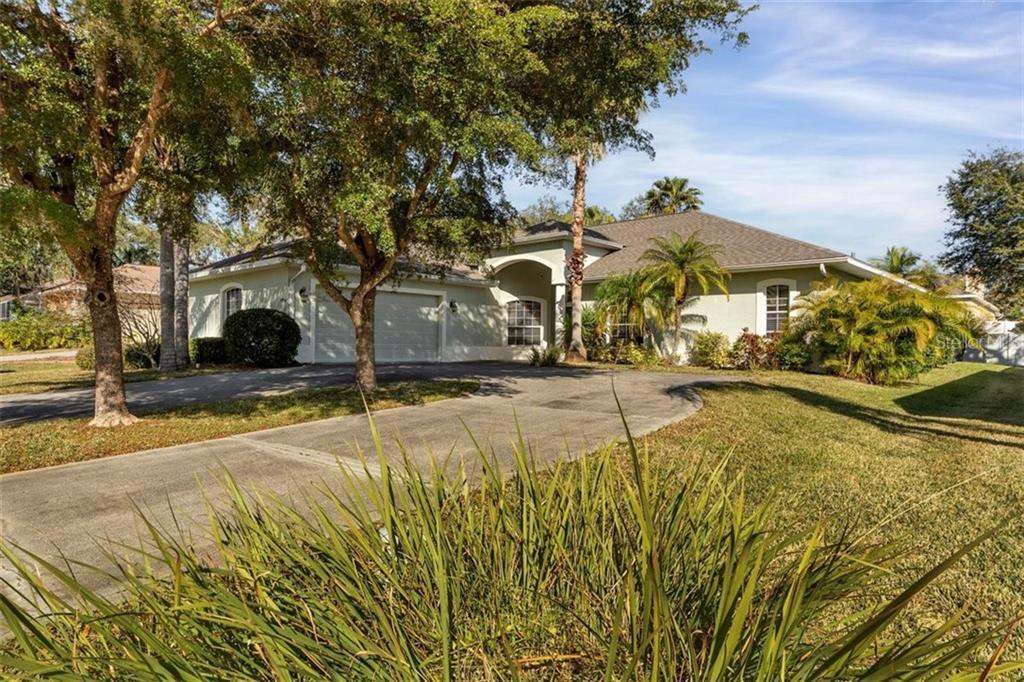 5704 31ST COURT E Property Photo - ELLENTON, FL real estate listing