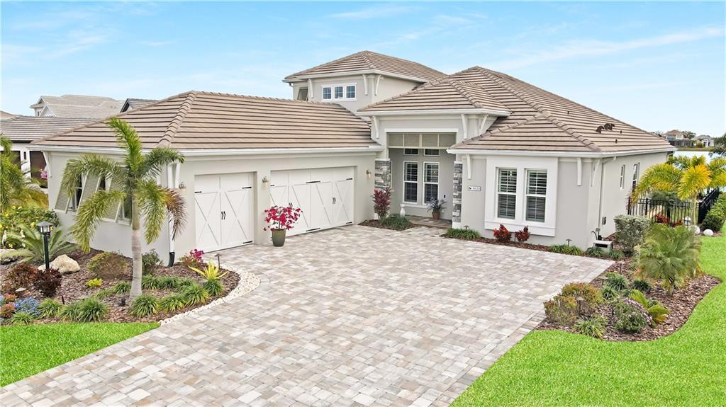 8120 Grande Shores Drive Property Photo