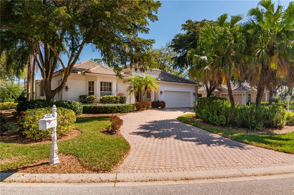 7515 EATON COURT Property Photo - UNIVERSITY PARK, FL real estate listing