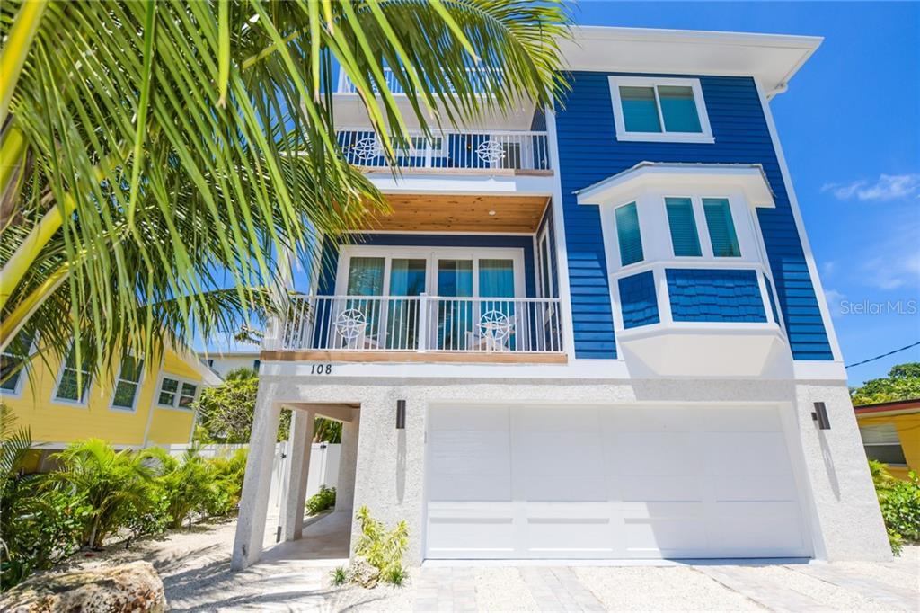 2206 AVENUE A Property Photo - BRADENTON BEACH, FL real estate listing