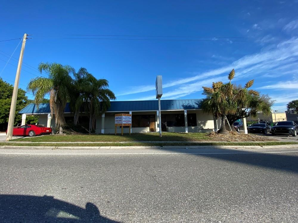 6455 Gateway Avenue Property Photo