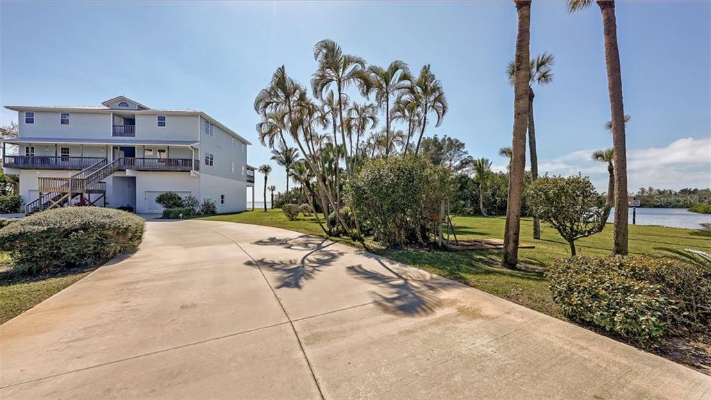 2424 Bay Drive #2426, 2428, 2430 Property Photo