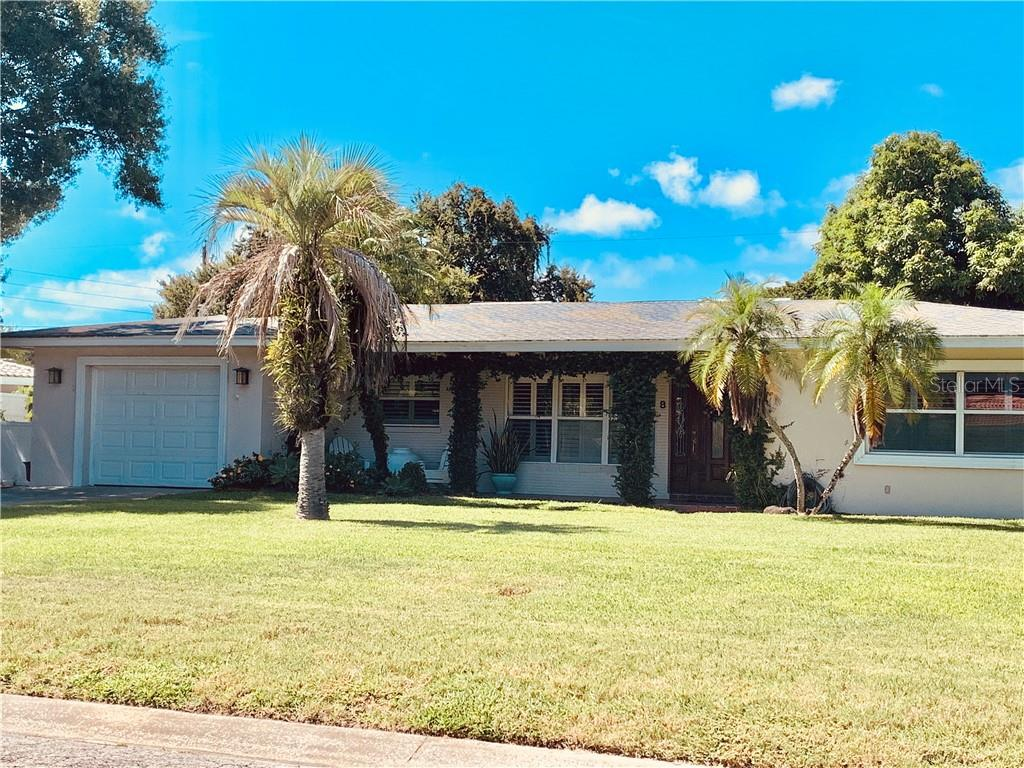 8 SOUTHWIND DRIVE Property Photo - BELLEAIR BLUFFS, FL real estate listing