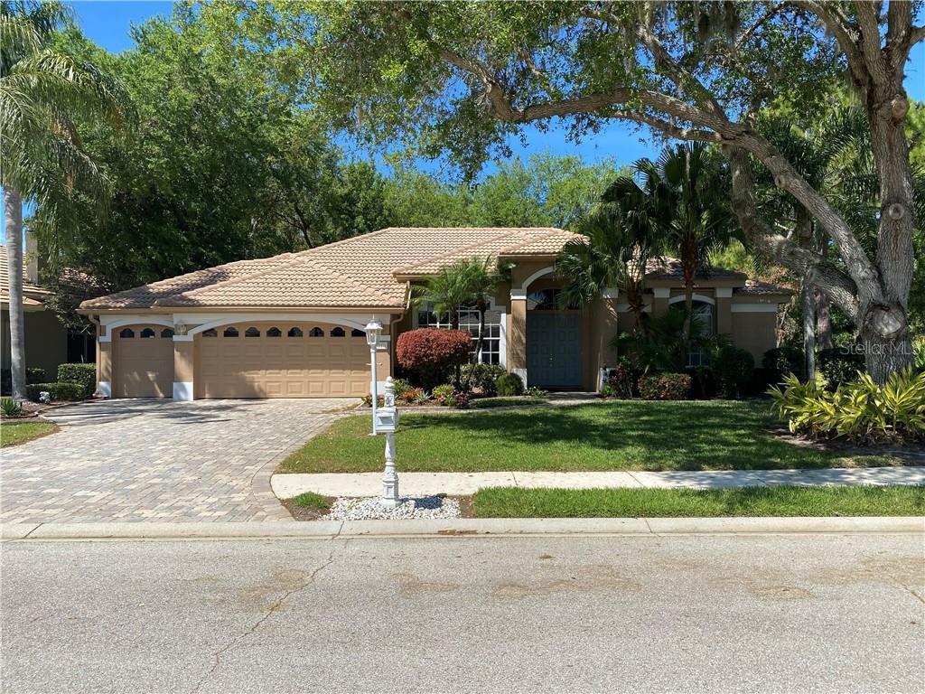 8010 FAIRHAVEN GLEN Property Photo - UNIVERSITY PARK, FL real estate listing