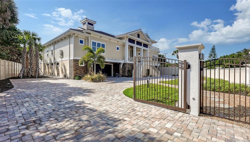 13 N CASEY KEY ROAD Property Photo - OSPREY, FL real estate listing