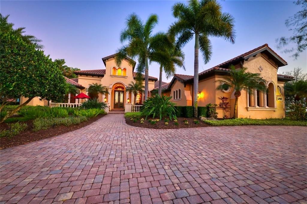 6918 LACANTERA CIRCLE Property Photo - LAKEWOOD RANCH, FL real estate listing