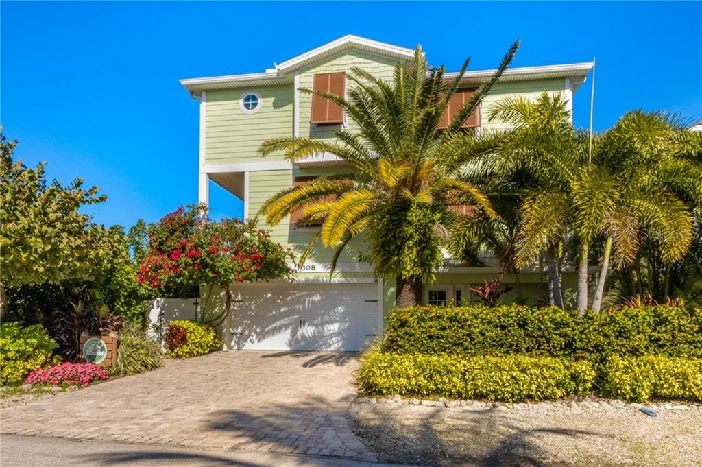 308 68TH STREET Property Photo - HOLMES BEACH, FL real estate listing
