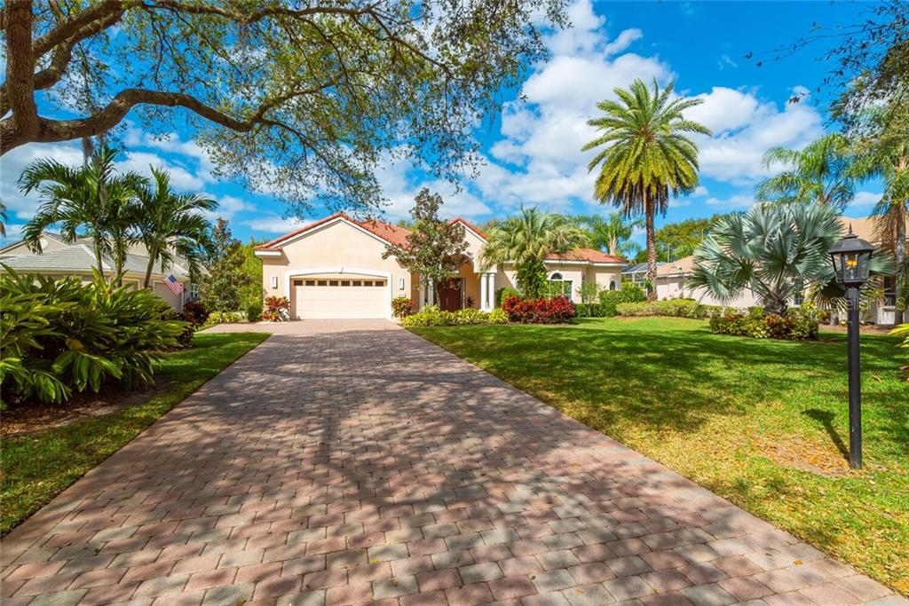 8010 COLLINGWOOD COURT Property Photo - UNIVERSITY PARK, FL real estate listing