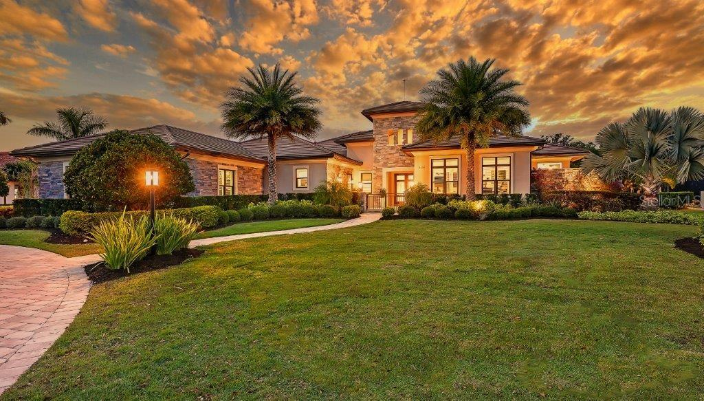 8439 LINDRICK LANE Property Photo - BRADENTON, FL real estate listing