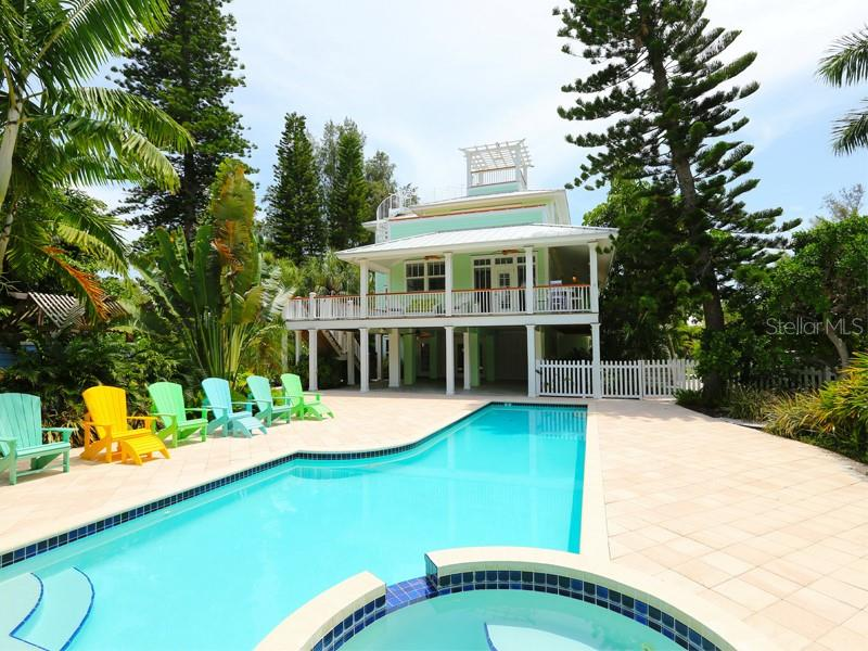 525 SEAGULL WAY Property Photo - ANNA MARIA, FL real estate listing