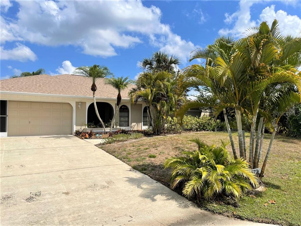 11572 SW COURTLY MANOR DRIVE Property Photo - LAKE SUZY, FL real estate listing