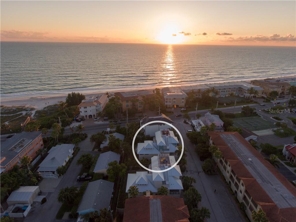 203 17TH STREET Property Photo - BRADENTON BEACH, FL real estate listing