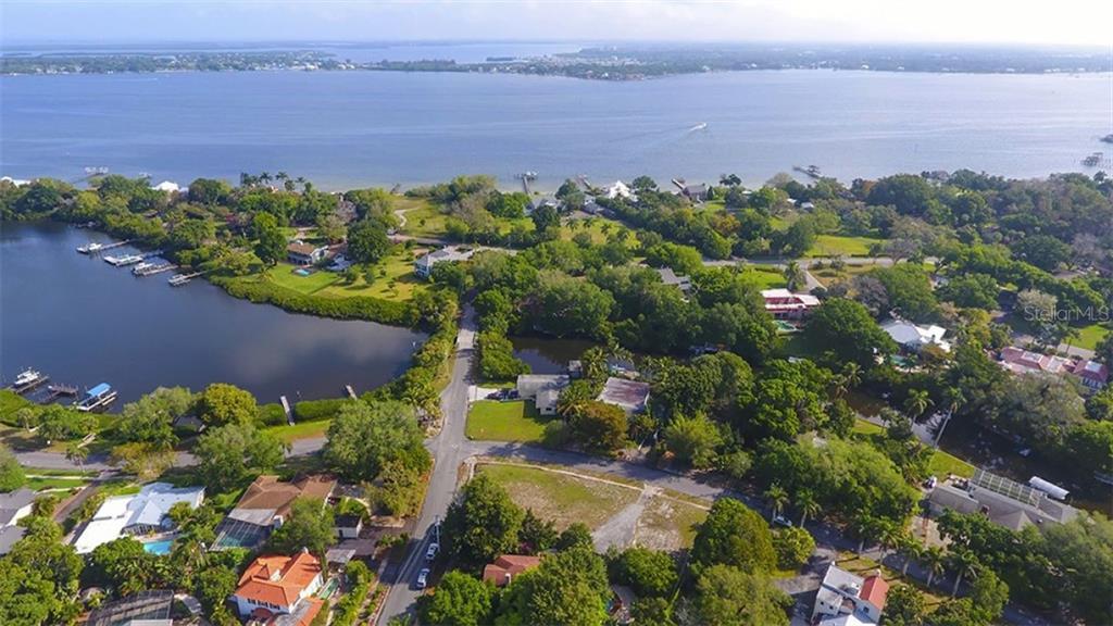5203 Harbor Road Property Photo