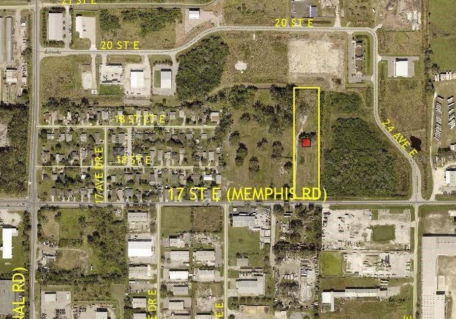 2124 17th Street E Property Photo
