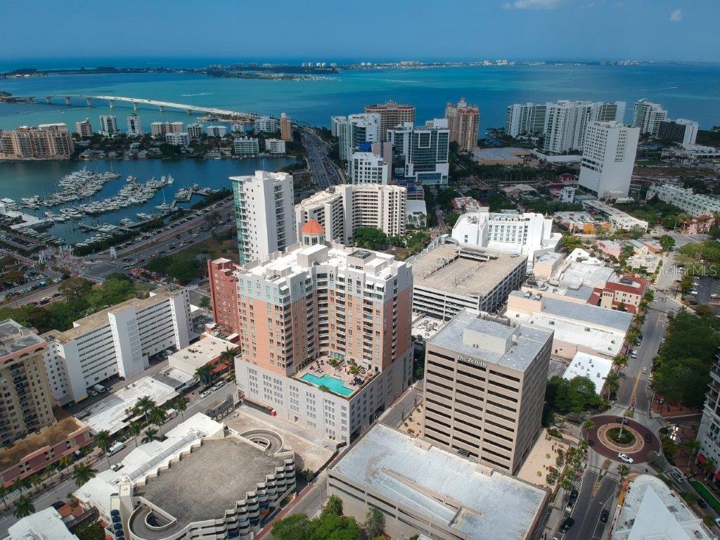 1350 MAIN STREET #504 Property Photo - SARASOTA, FL real estate listing