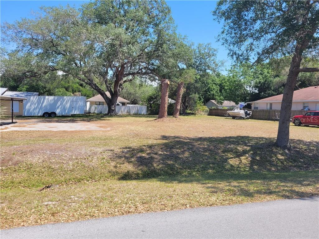 4911 Camphor Avenue Property Photo