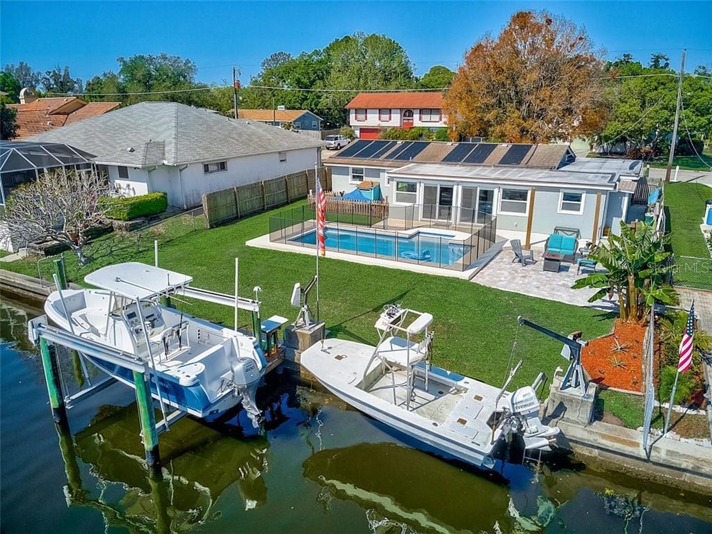 716 IXORA AVENUE Property Photo - ELLENTON, FL real estate listing
